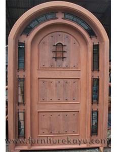 Kusen Pintu Klasik Jepara