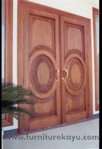 Kusen Pintu Panel Ukir Jepara