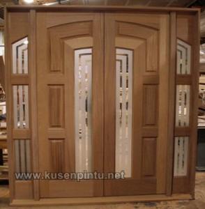 Cara Memilih Kusen Pintu Pintu Rumah