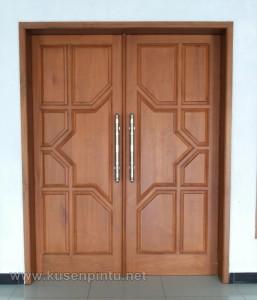 Daun Pintu Masjid Kupu Tarung Model Sorong