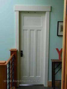 Desain Pintu Minimalis Cat Duco Putih
