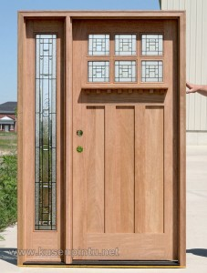 Kerajinan Daun Pintu Dengan Kayu Terbaru