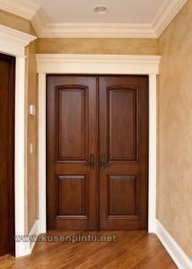 Kusen Pintu Ke Ruang Dapur