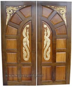 Kusen dan Daun Pintu Mewah Ukir Jepara