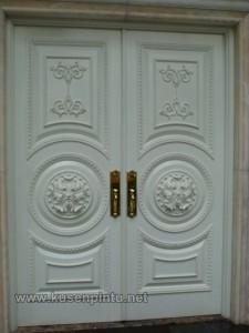 Kusen Pintu Rumah Utama Ukiran Duco Putih