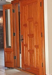 Motif Minimalis Untuk Pintu Rumah