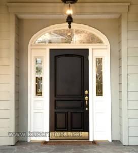 Pintu Rumah Kolonial